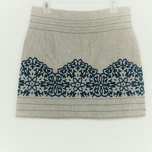 FLOREAT Embroidered Skirt Women's Size 4